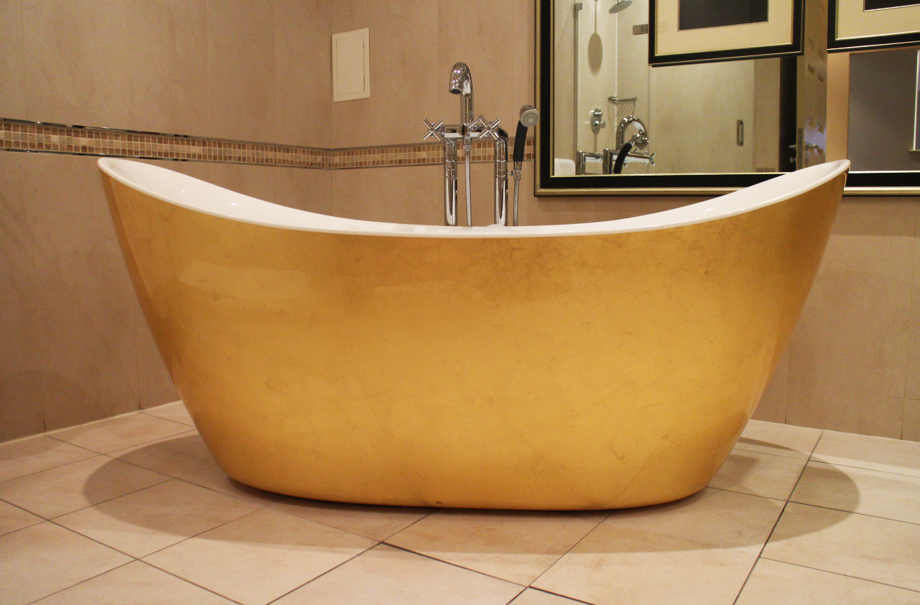 You'll find our iconic gold bath in the Honeymoon Suite